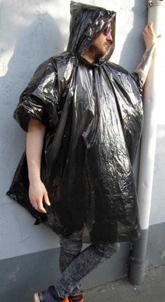 regenhaut schwarz